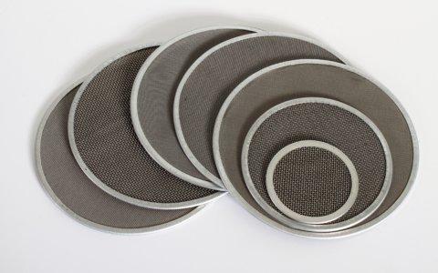 Fine wire mesh discs