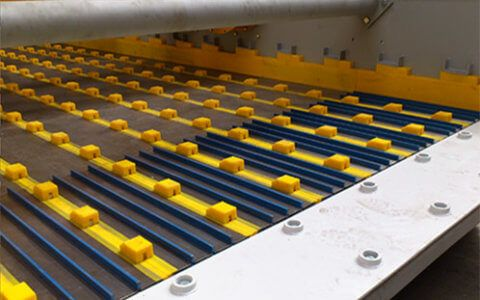 Vibrating wedge wire screen Pro-CLIN system